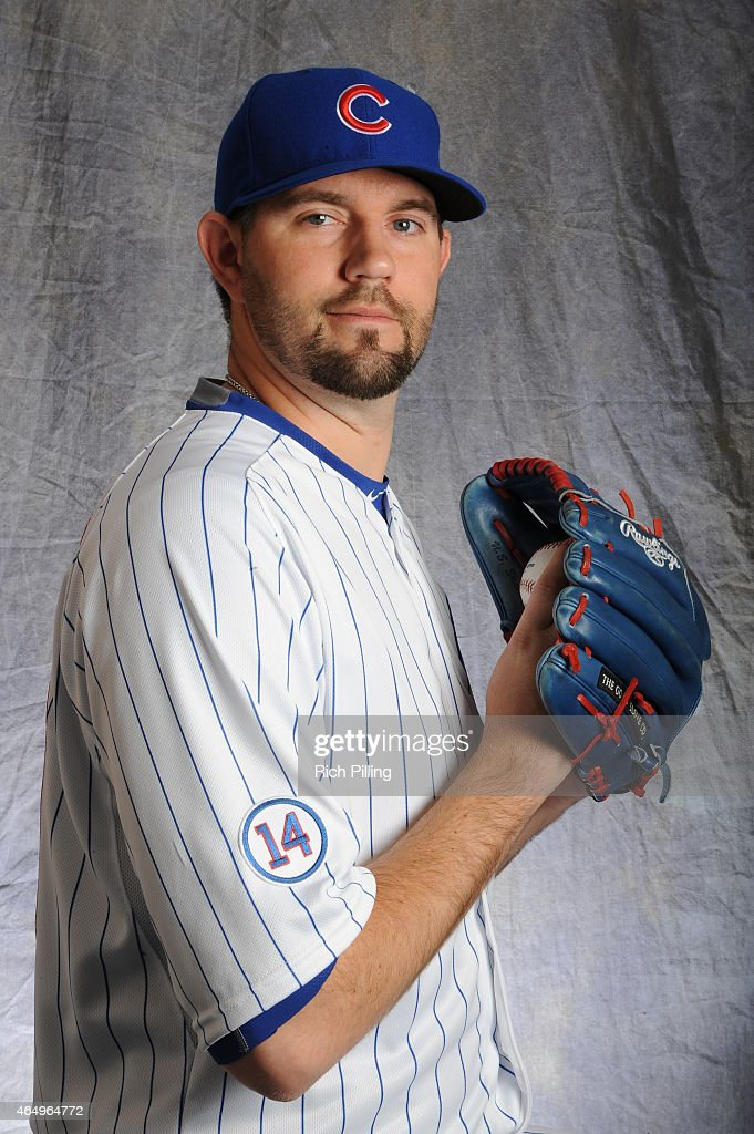 Jason Hammel #39 of the Chicago Cubs poses for a portrait during Photo Day on March 2, 2015 at Sloan Park in Mesa, Arizona.