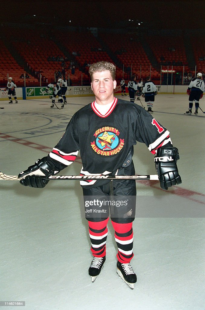 <a gi-track='captionPersonalityLinkClicked' href=/galleries/search?phrase=Jason+Hervey&family=editorial&specificpeople=837712 ng-click='$event.stopPropagation()'>Jason Hervey</a> during Homeless 4 Hockey at The Forum in Los Angeles, CA, United States.