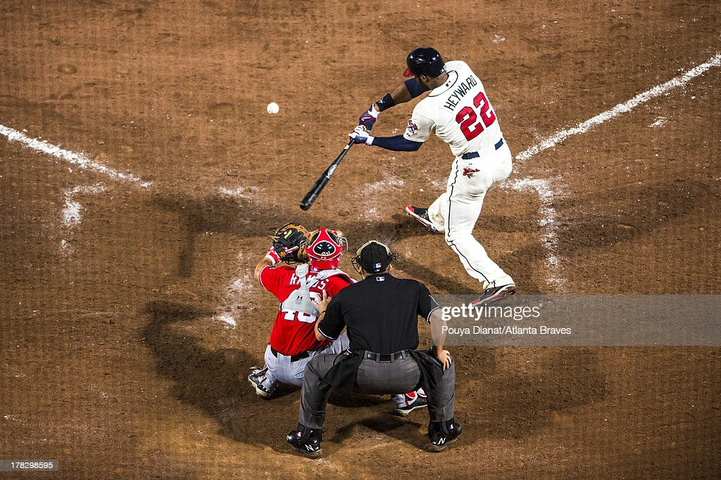 <a gi-track='captionPersonalityLinkClicked' href=/galleries/search?phrase=Jason+Heyward&family=editorial&specificpeople=5043351 ng-click='$event.stopPropagation()'>Jason Heyward</a> #22 of the Atlanta Braves bats against the Washington Nationals at Turner Field on August 17, 2013 in Atlanta, Georgia. The Nationals won 8-7 in 15 innings.