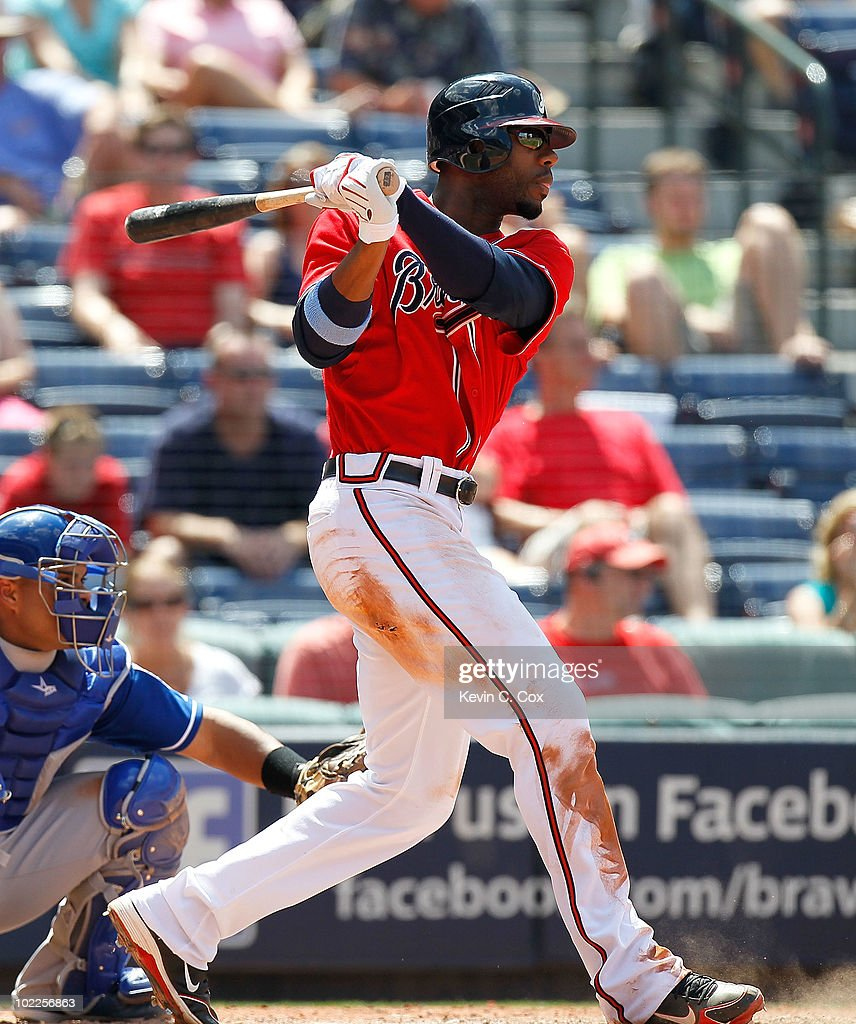 <a gi-track='captionPersonalityLinkClicked' href=/galleries/search?phrase=Jason+Heyward&family=editorial&specificpeople=5043351 ng-click='$event.stopPropagation()'>Jason Heyward</a> #22 of the Atlanta Braves hits a double in the sixth inning against the Kansas City Royals at Turner Field on June 20, 2010 in Atlanta, Georgia.