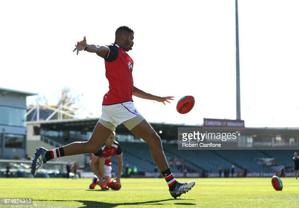 Jason Holmes of the Saints warms up for the round six AFL match between the Hawthorn Hawks and the St Kilda Saints at University of Tasmania Stadium...