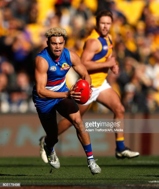 Jason Johannisen of the Bulldogs in action during the 2017 AFL round 15 match between the Western Bulldogs and the West Coast Eagles at Etihad...