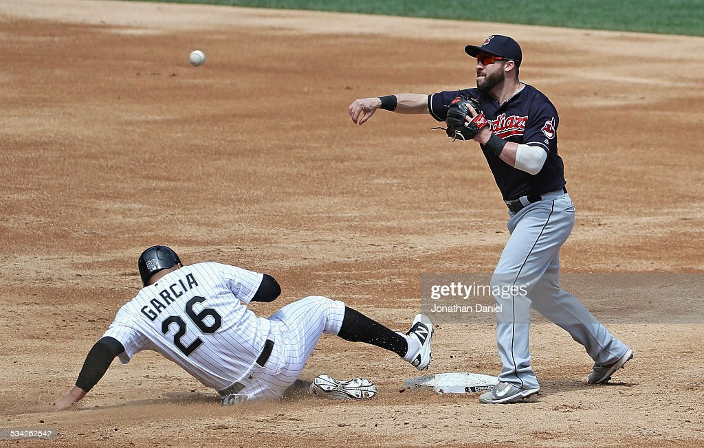 Jason Kipnis #22 of the Cleveland Indians forces Avisail Garcia #26 of the Chicago White Sox in the 3rd inning at U.S. Cellular Field on May 25, 2016 in Chicago, Illinois.