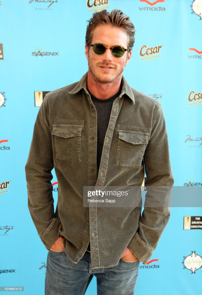 <a gi-track='captionPersonalityLinkClicked' href=/galleries/search?phrase=Jason+Lewis&family=editorial&specificpeople=203274 ng-click='$event.stopPropagation()'>Jason Lewis</a> attends the Kari Feinstein MTV Movie Awards Style Lounge held at Montage Beverly Hills on June 4, 2010 in Beverly Hills, California.