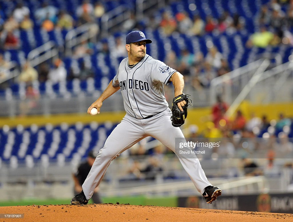 Jason Marquis #21 of the San Diego Padres delivers a pitch against the Miami Marlins at Marlins Park on July 1, 2013 in Miami, Florida.