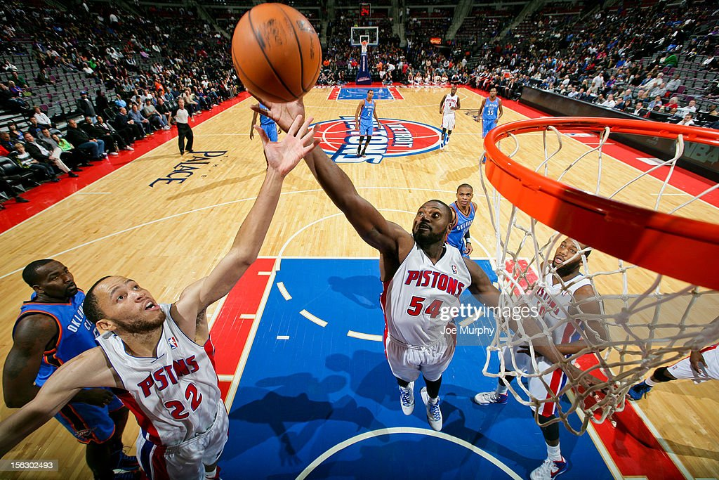 <a gi-track='captionPersonalityLinkClicked' href=/galleries/search?phrase=Jason+Maxiell&family=editorial&specificpeople=651723 ng-click='$event.stopPropagation()'>Jason Maxiell</a> #54 and <a gi-track='captionPersonalityLinkClicked' href=/galleries/search?phrase=Tayshaun+Prince&family=editorial&specificpeople=201553 ng-click='$event.stopPropagation()'>Tayshaun Prince</a> #22 of the Detroit Pistons go for a rebound against the Oklahoma City Thunder on November 12, 2012 at The Palace of Auburn Hills in Auburn Hills, Michigan.