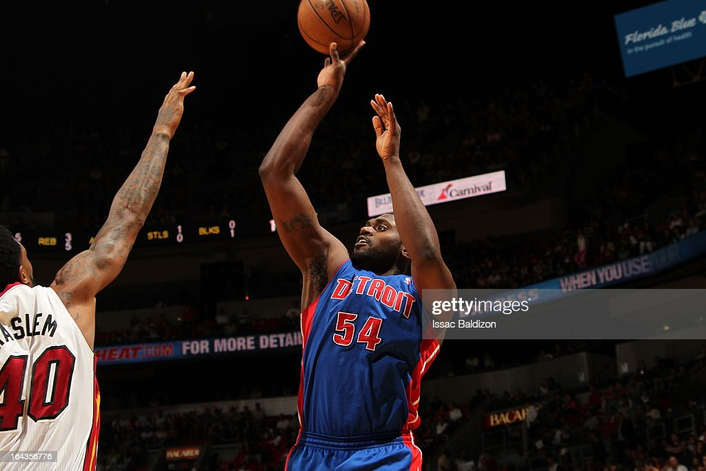 Jason Maxiell #54 of the Detroit Pistons shoots against the Miami Heat on March 22, 2013 at American Airlines Arena in Miami, Florida.