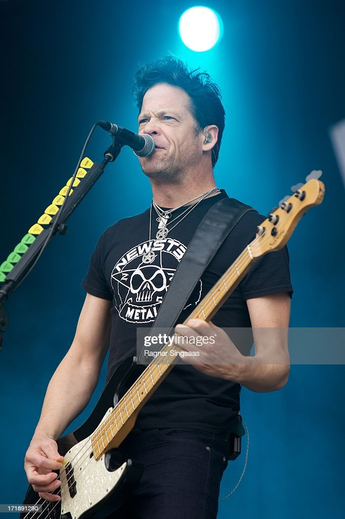 <a gi-track='captionPersonalityLinkClicked' href=/galleries/search?phrase=Jason+Newsted&family=editorial&specificpeople=750811 ng-click='$event.stopPropagation()'>Jason Newsted</a> of Newsted performs on stage on Day 4 of Rock The Beach Festival on June 29, 2013 in Helsinki, Finland.