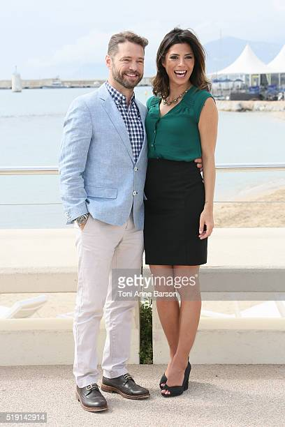 Jason Priestley and Cindy Sampson attend 'Private Eyes' Photocall on April 4 2016 in Cannes France