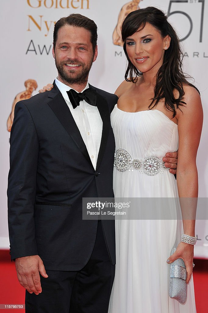 <a gi-track='captionPersonalityLinkClicked' href=/galleries/search?phrase=Jason+Priestley&family=editorial&specificpeople=208687 ng-click='$event.stopPropagation()'>Jason Priestley</a> and <a gi-track='captionPersonalityLinkClicked' href=/galleries/search?phrase=Naomi+Lowde-Priestley&family=editorial&specificpeople=2359073 ng-click='$event.stopPropagation()'>Naomi Lowde-Priestley</a> arrive at the closing ceremony of the 51st Monte Carlo TV Festival at the Grimaldi forum on June 10, 2011 in Monaco, Monaco.
