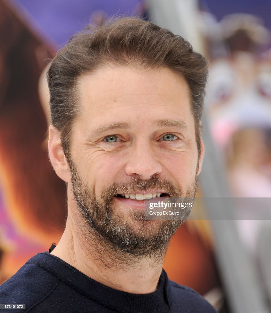 Jason Priestley arrives at the premiere of Columbia Pictures' 'The Star' at Regency Village Theatre on November 12, 2017 in Westwood, California.