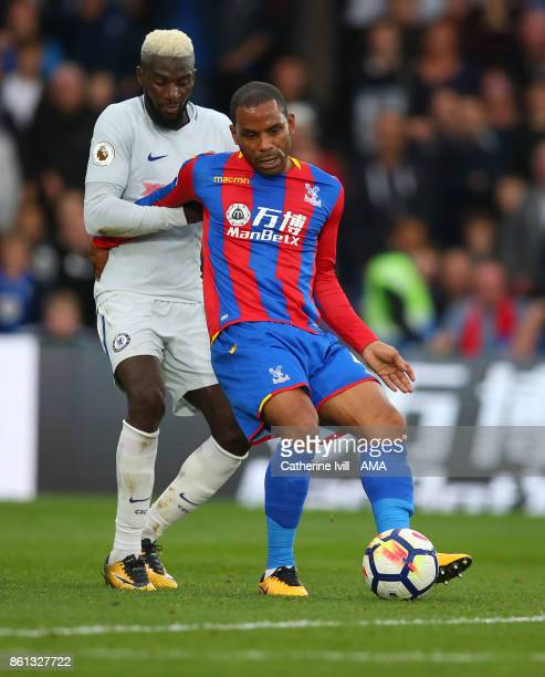 Jason Puncheon of Crystal Palace and Tiemoue Bakayoko of Chelsea during the Premier League match between Crystal Palace and Chelsea at Selhurst Park...