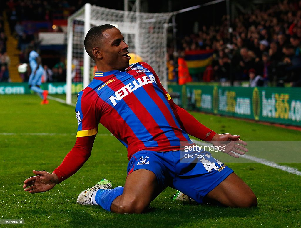 Jason Puncheon of Crystal Palace celebrates scoring his team's second goal during the Barclays Premier League match between Crystal Palace and Manchester City at Selhurst Park on April 6, 2015 in London, England.