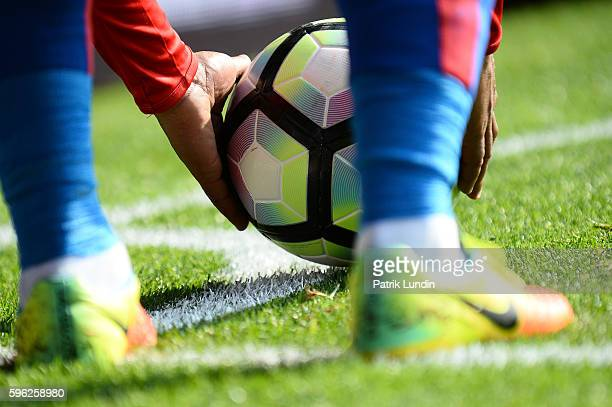 Jason Puncheon of Crystal Palace place the ball for a corner kick during the Premier League match between Crystal Palace and Bournemouth at Selhurst...