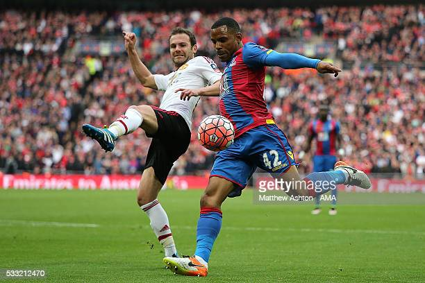 Jason Puncheon of Crystal Palace scores a goal to make the score 10 during The Emirates FA Cup final match between Manchester United and Crystal...