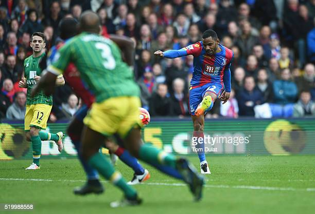Jason Puncheon of Crystal Palace scores his team's first goal during the Barclays Premier League match between Crystal Palace and Norwich City at...