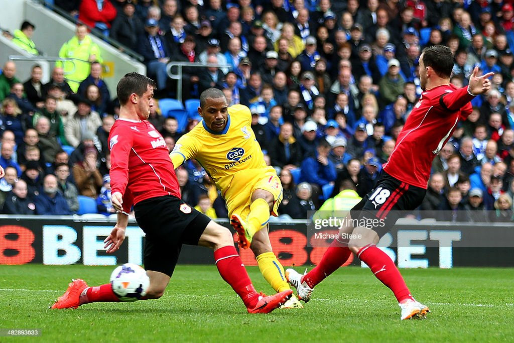 Jason Puncheon of Crystal Palace scores the opening goal during the Barclays Premier League match between Cardiff City and Crystal Palace at Cardiff City Stadium on April 5, 2014 in Cardiff, Wales.