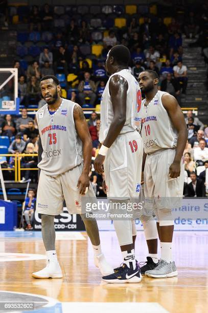 Jason Rich Landing Sane and Giovan Oniangue of Paris Levallois looks dejected during the Pro A PlayOff match between ParisLevallois and Elan Chalon...