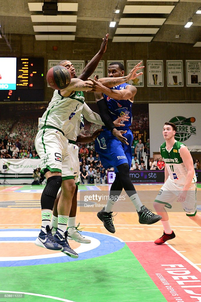 Jason Rich of Paris Levallois and Fernando Raposo of Nanterre during the basketball French Pro A League match between Nanterre and Paris Levallois on May 5, 2016 in Nanterre, France.