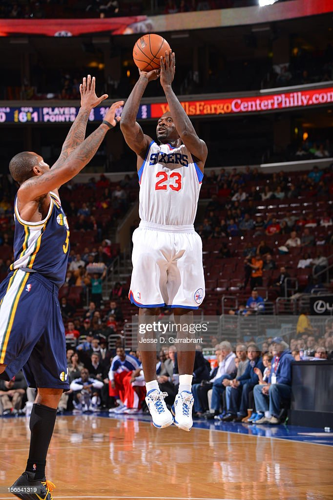 Jason Richardson #23 of the Philadelphia 76ers shoots against the Utah Jazz at the Wells Fargo Center on November 16, 2012 in Philadelphia, Pennsylvania.