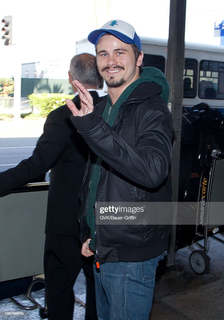 <a gi-track='captionPersonalityLinkClicked' href=/galleries/search?phrase=Jason+Ritter&family=editorial&specificpeople=209201 ng-click='$event.stopPropagation()'>Jason Ritter</a> is seen arriving at LAX airport. on November 03, 2013 in Los Angeles, California.