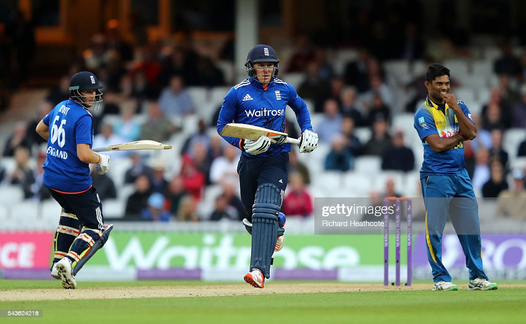 Jason Roy and Joe Root of England run between the wickets during the 4th Royal London ODI between England and Sri Lanka at The Kia Oval on June 29, 2016 in London, England.