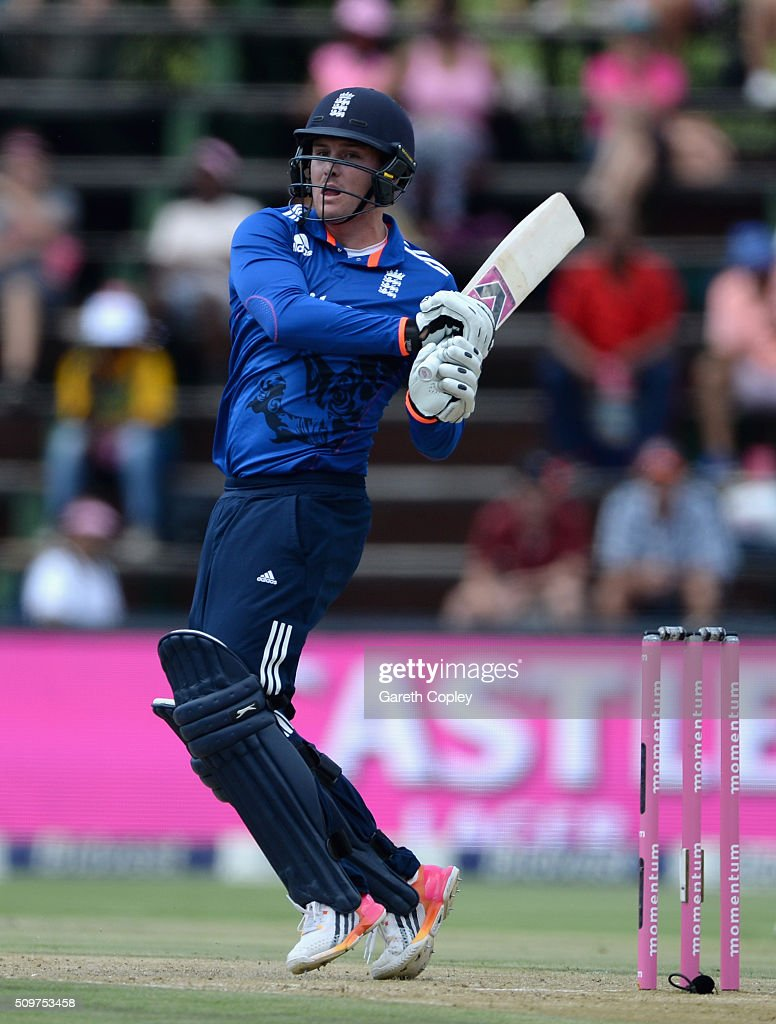 <a gi-track='captionPersonalityLinkClicked' href=/galleries/search?phrase=Jason+Roy+-+Cricketspieler&family=editorial&specificpeople=13892033 ng-click='$event.stopPropagation()'>Jason Roy</a> of England bats during the 4th Momentum ODI between South Africa and England at Bidvest Wanderers Stadium on February 12, 2016 in Johannesburg, South Africa.