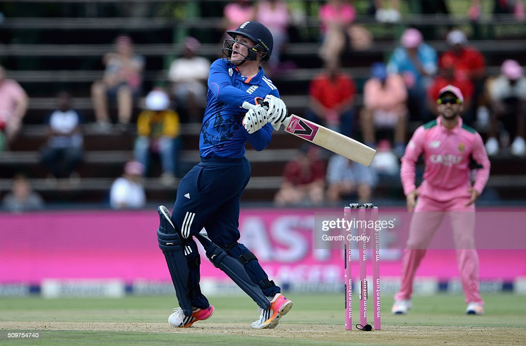 <a gi-track='captionPersonalityLinkClicked' href=/galleries/search?phrase=Jason+Roy+-+Cricketspeler&family=editorial&specificpeople=13892033 ng-click='$event.stopPropagation()'>Jason Roy</a> of England bats during the 4th Momentum ODI between South Africa and England at Bidvest Wanderers Stadium on February 12, 2016 in Johannesburg, South Africa.