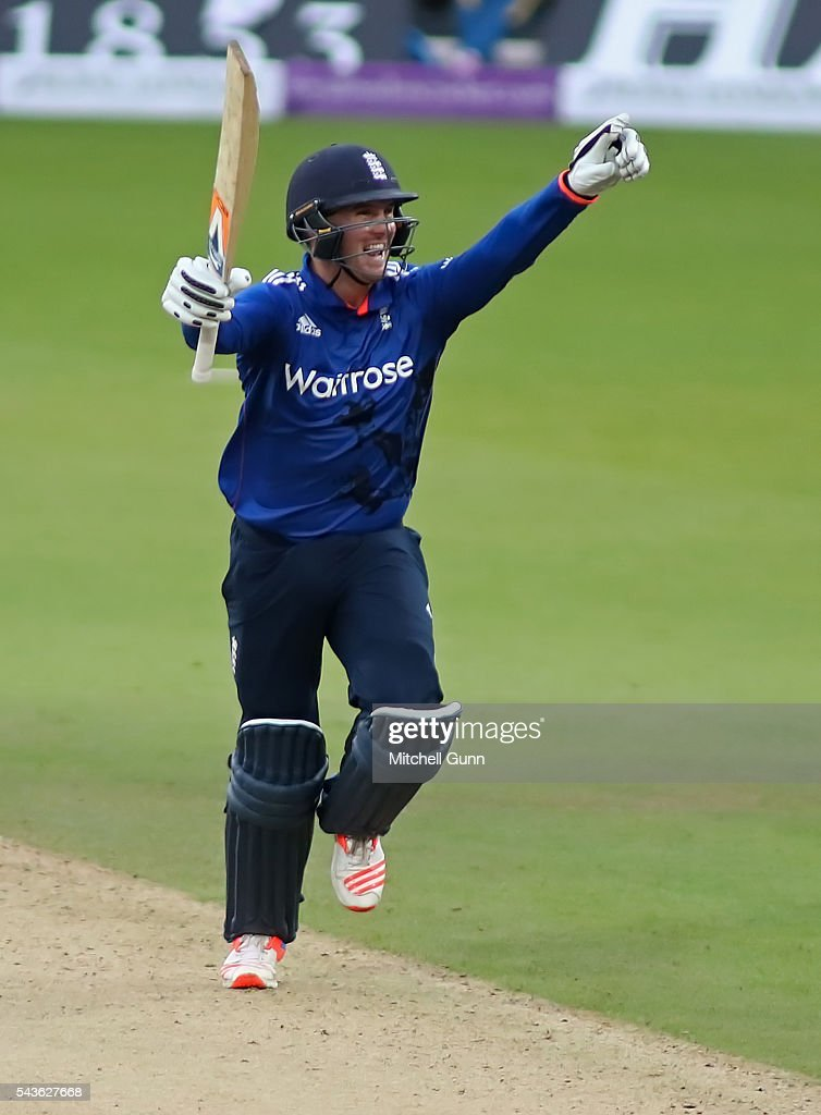<a gi-track='captionPersonalityLinkClicked' href=/galleries/search?phrase=Jason+Roy+-+Cricket+Player&family=editorial&specificpeople=13892033 ng-click='$event.stopPropagation()'>Jason Roy</a> of England celebrates scoring a century during the 4th Royal London One-Day International between England and Sri Lanka at The Kia Oval Cricket Ground on June 29, 2016 in London, England.