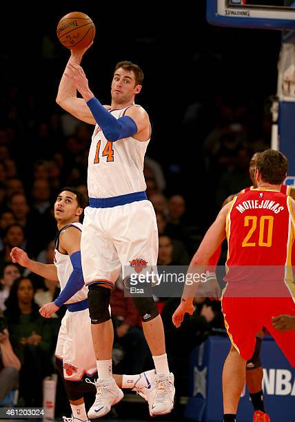 Jason Smith of the New York Knicks picks off the ball in the second half against the Houston Rockets at Madison Square Garden on January 8 2015 in...