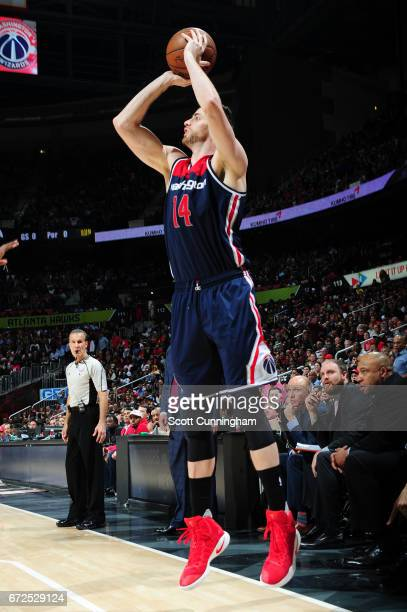 Jason Smith of the Washington Wizards shoots the ball against the Atlanta Hawks during Game Four of the Eastern Conference Quarterfinals of the 2017...