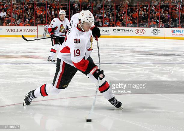 Jason Spezza of the Ottawa Senators shoots the puck against the Philadelphia Flyers on March 31 2012 at the Wells Fargo Center in Philadelphia...