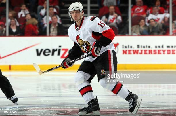 Jason Spezza of the Ottawa Senators skates against the New Jersey Devils at the Prudential Center on November 25 2009 in Newark New Jersey The Devils...