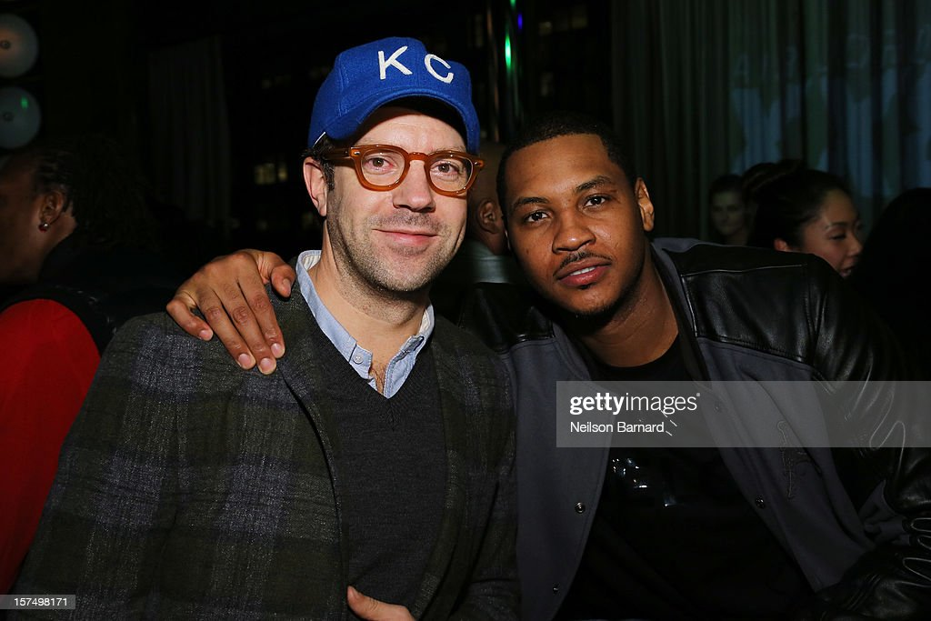 Jason Sudeikis (L) and Carmelo Anthony attend the Dare To Fly AJXX8 event at PH-D Rooftop Lounge at Dream Downtown on December 3, 2012 in New York City.