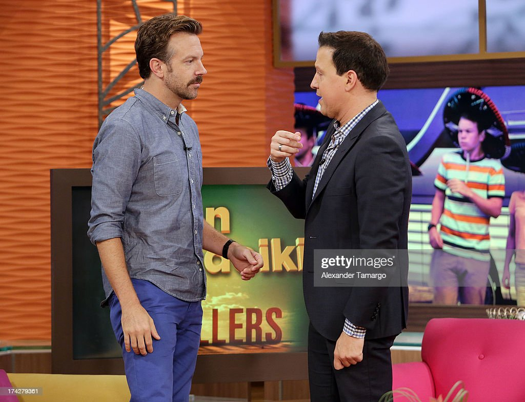 Jason Sudeikis and Raul Gonzalez (R) visit Univisions Despierta America at Univision Headquarters on July 23, 2013 in Miami, Florida.