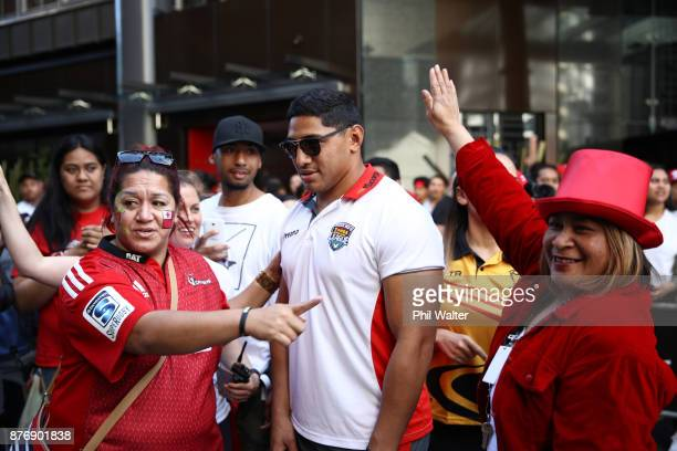 Jason Taumalolo of Tonga greets fans during the Rugby League World Cup 2017 Fan Day at SKYCITY on November 21 2017 in Auckland New Zealand