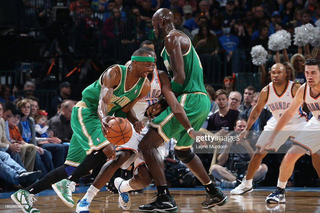<a gi-track='captionPersonalityLinkClicked' href=/galleries/search?phrase=Jason+Terry&family=editorial&specificpeople=201734 ng-click='$event.stopPropagation()'>Jason Terry</a> #4 of the Boston Celtics drives to the basket against the Oklahoma City Thunder on March 10, 2013 at the Chesapeake Energy Arena in Oklahoma City, Oklahoma.