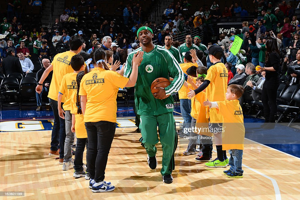 <a gi-track='captionPersonalityLinkClicked' href=/galleries/search?phrase=Jason+Terry&family=editorial&specificpeople=201734 ng-click='$event.stopPropagation()'>Jason Terry</a> #4 of the Boston Celtics runs out before the game against Denver Nuggets on February 19, 2013 at the Pepsi Center in Denver, Colorado.