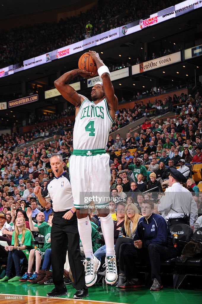 Jason Terry #4 of the Boston Celtics shoots against the Philadelphia 76ers on December 8, 2012 at the TD Garden in Boston, Massachusetts.