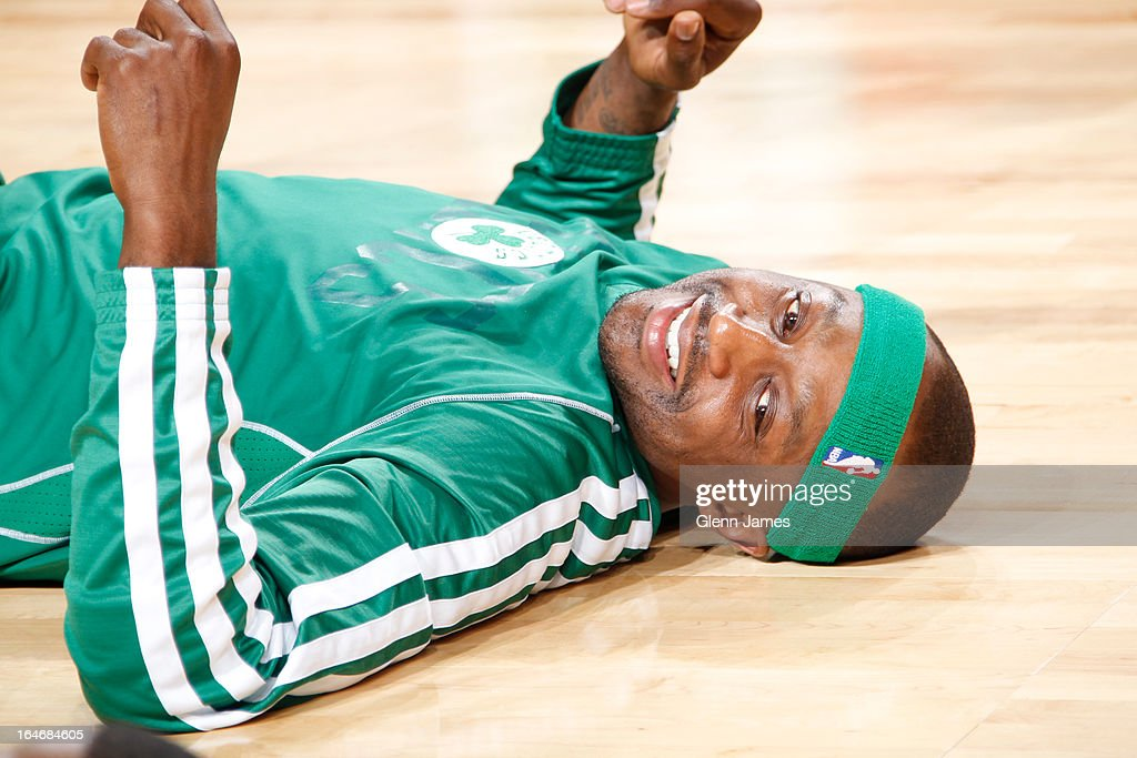 <a gi-track='captionPersonalityLinkClicked' href=/galleries/search?phrase=Jason+Terry&family=editorial&specificpeople=201734 ng-click='$event.stopPropagation()'>Jason Terry</a> #4 of the Boston Celtics warms up before the game against the Dallas Mavericks on March 22, 2013 at the American Airlines Center in Dallas, Texas.