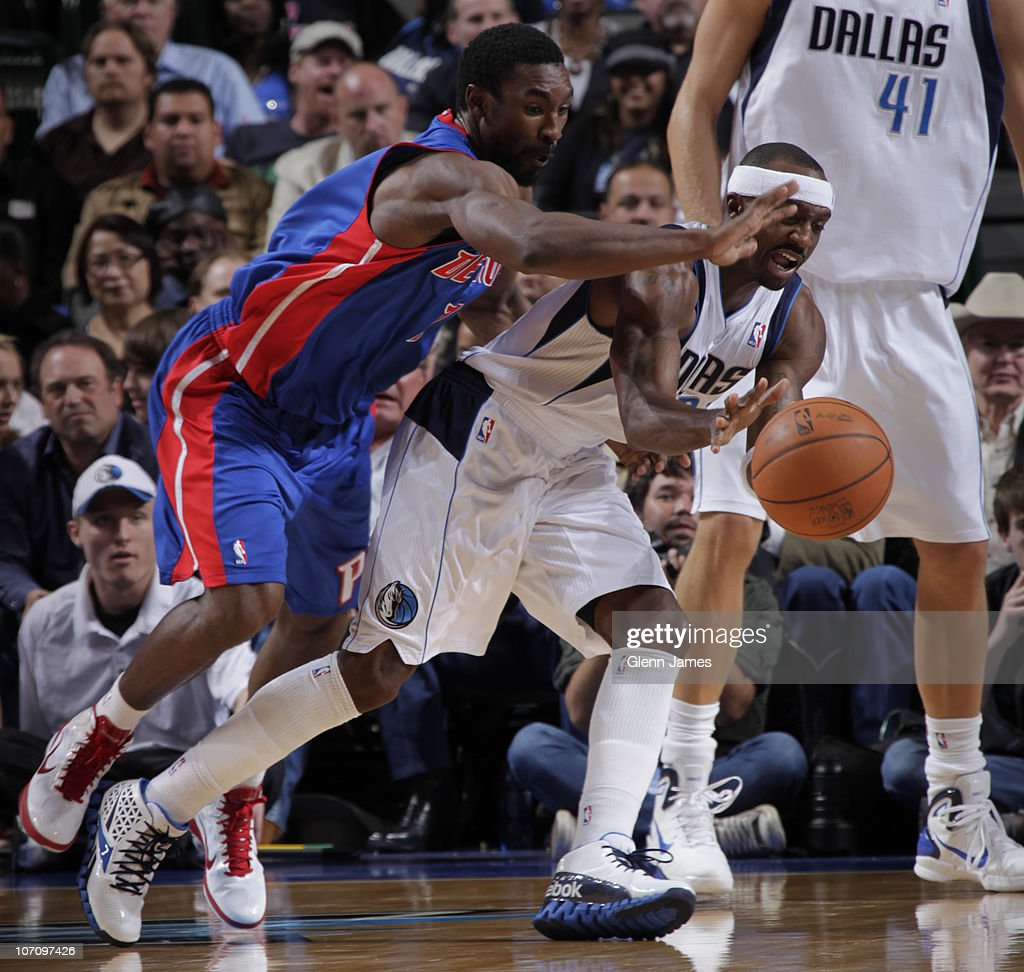 Jason Terry #31 of the Dallas Mavericks tries to avoid a steal against Ben Gordon #7 of the Detroit Pistons during a game on November 23, 2010 at the American Airlines Center in Dallas, Texas.