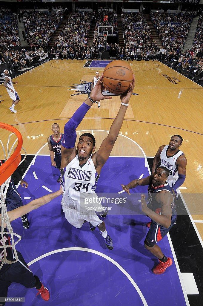 Jason Thompson #34 of the Sacramento Kings dunks against the Atlanta Hawks at Sleep Train Arena on November 5, 2013 in Sacramento, California.
