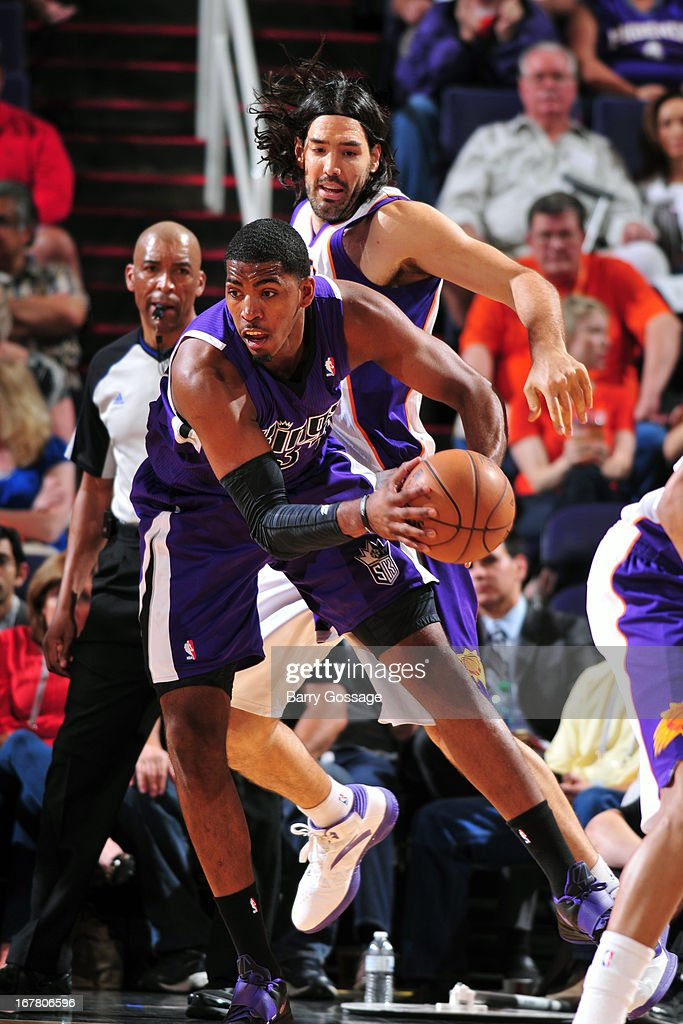 Jason Thompson #34 of the Sacramento Kings looks to pass the ball against the Phoenix Suns on March 28, 2013 at U.S. Airways Center in Phoenix, Arizona.