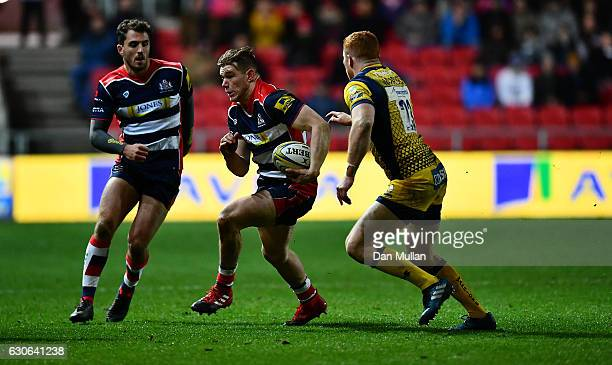 Jason Woodward of Bristol Rugby takes on Ryan Mills of Worcester Warriors during the Aviva Premiership match between Bristol Rugby and Worcester...