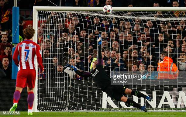 Jasper Cillesen and Antoine Griezmann during the 1/2 final King Cup match between FC Barcelona v Atletico de Madrid in Barcelona on February 07 2017...