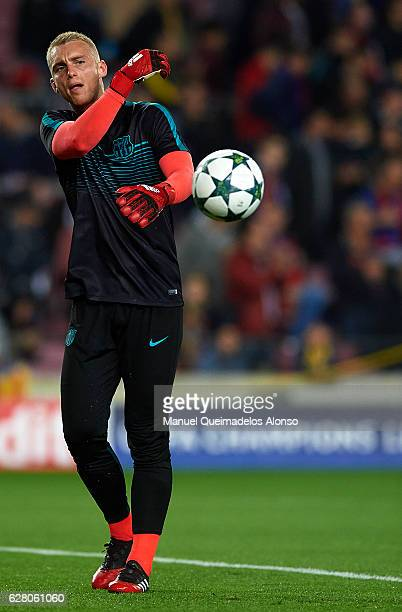 Jasper Cillessen of Barcelona in action prior to the UEFA Champions League Group C match between FC Barcelona and VfL Borussia Moenchengladbach at...