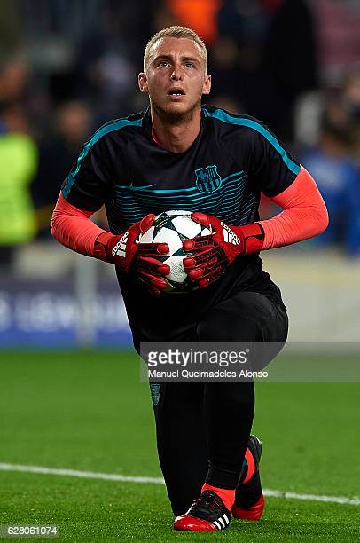 Jasper Cillessen of Barcelona looks on prior to the UEFA Champions League Group C match between FC Barcelona and VfL Borussia Moenchengladbach at...