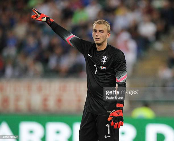 Jasper Cillessen of Netherlands in action during the international friendly match between Italy and Netherlands at Stadio San Nicola on September 4...