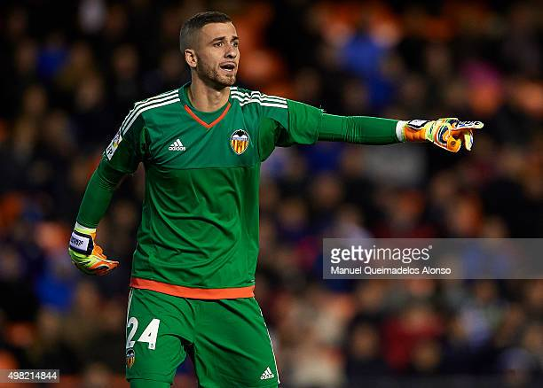 Jaume Domenech of Valenciagives instructions during the La Liga match between Valencia CF and UD Las Palmas at Estadi de Mestalla on November 21 2015...