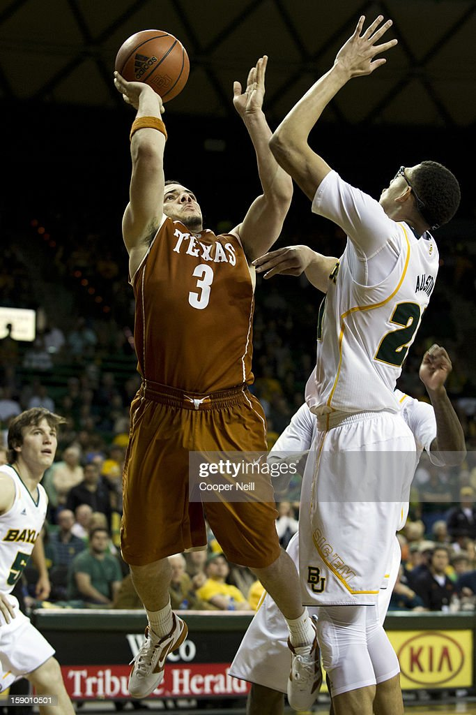 Javan Felix #3 of the University of Texas Longhorns shoots the ball over Isaiah Austin #21 of the Baylor University Bears on January 5, 2013 at the Ferrell Center in Waco, Texas.